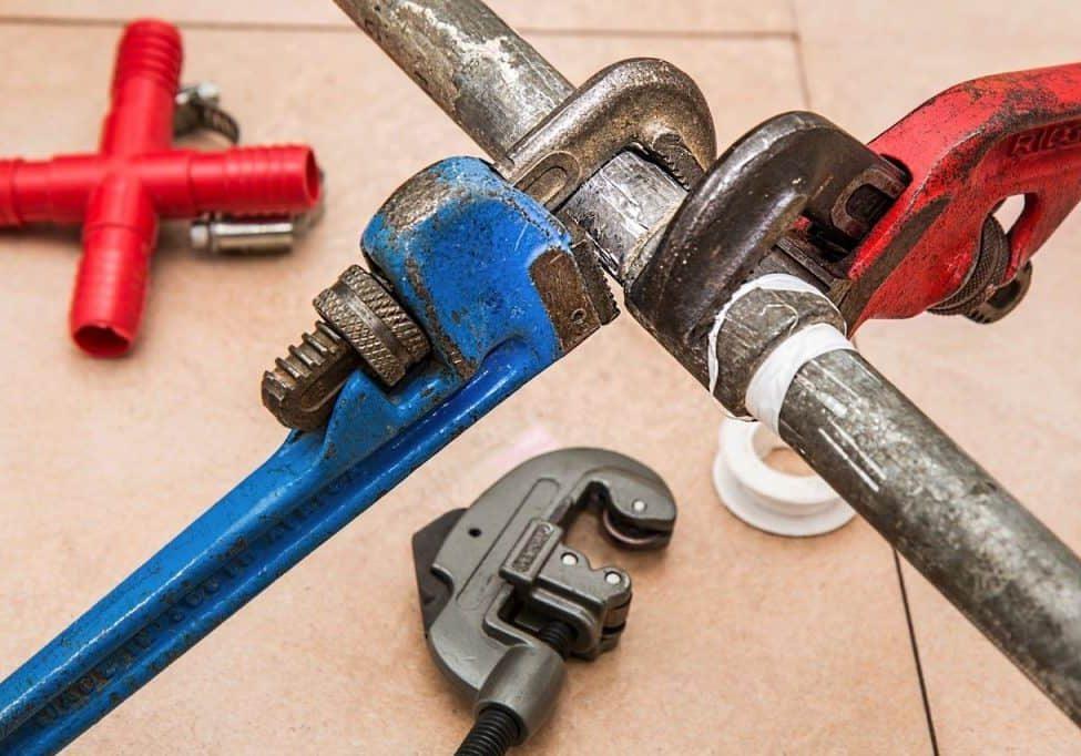 Plumbing 840835 1280 (1)